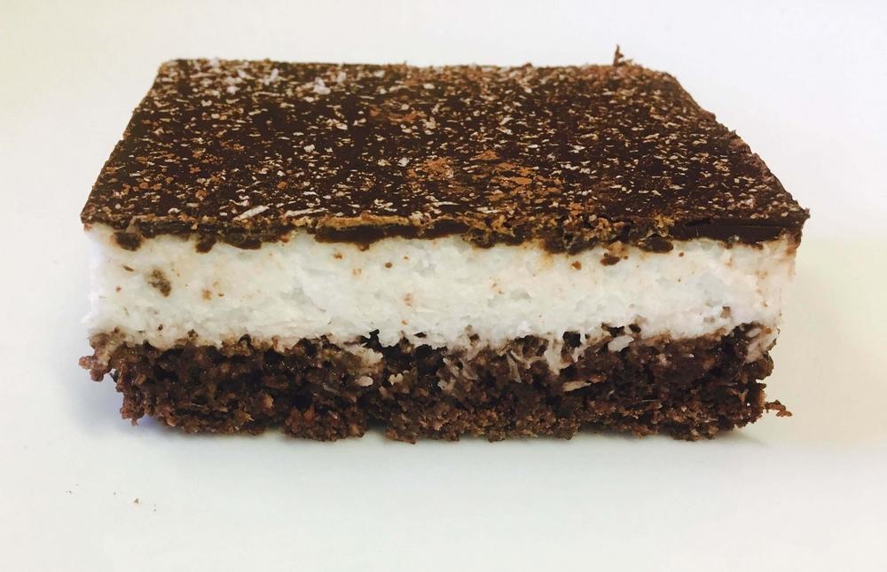 paleo-kokuszos-csoki-szelet1000